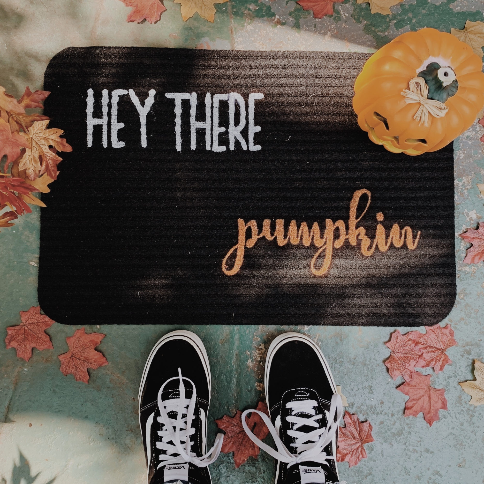 Hey-There-Pumpkin-DIY-Doormat