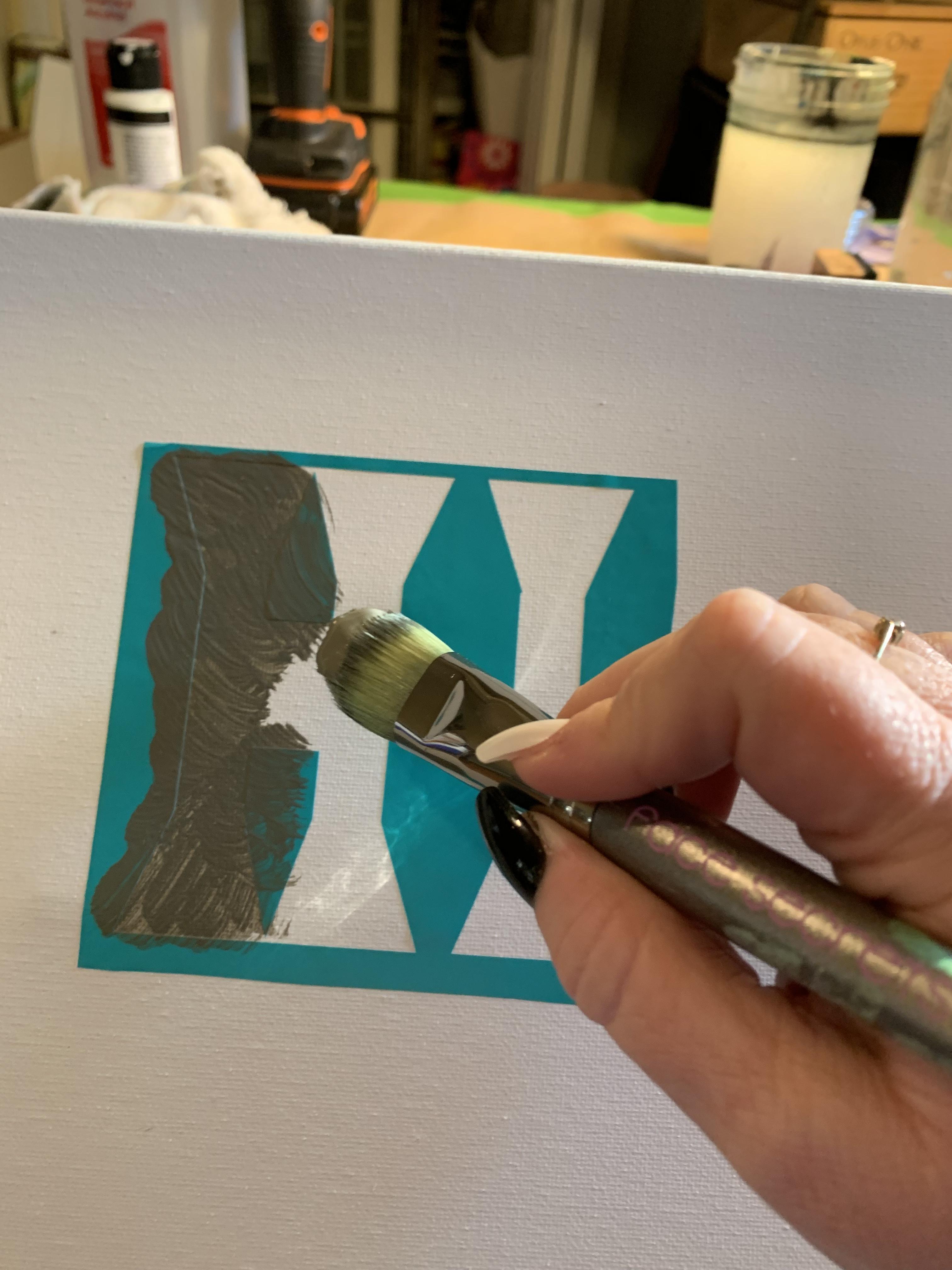 Cricut-font-stencil-low-tack-vinyl